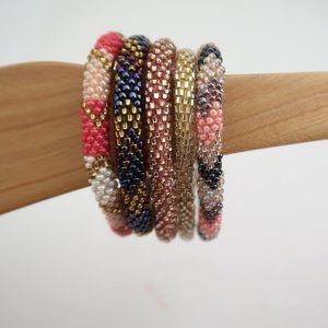 set of 5 Multicolor beaded bracelets